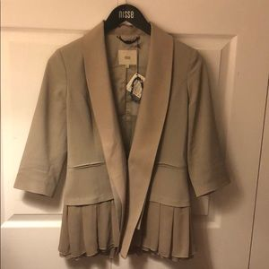 nisse Jackets & Coats - Taupe blazer with silk pleats